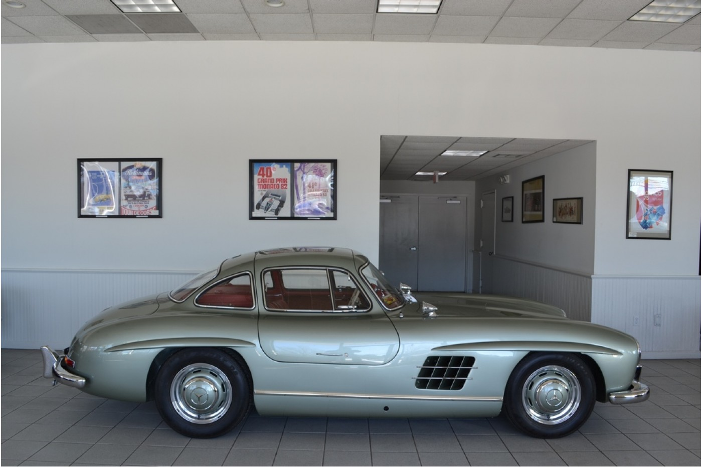 Mercedes benz for Mercedes benz gullwing 1955 for sale