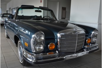 1971 Mercedes Benz 280SE 3.5 Call for price!